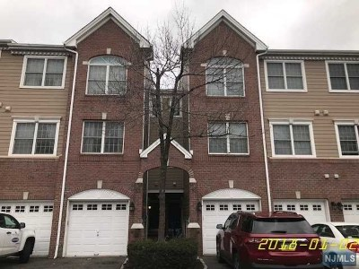 Hudson County Condo/Townhouse For Sale: 54 Lydia Drive