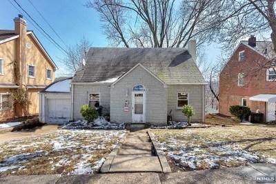 Ridgefield Single Family Home For Sale: 574 Morse Avenue