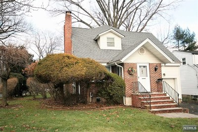 Cresskill Single Family Home For Sale: 41 Lexington Avenue