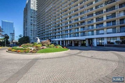 Fort Lee Condo/Townhouse For Sale: 1530 Palisade Avenue #8k