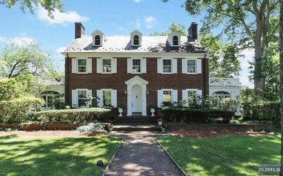Ridgewood Single Family Home For Sale: 279 West End Avenue