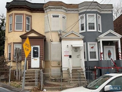 Hudson County Single Family Home For Sale: 184 Stegman Street