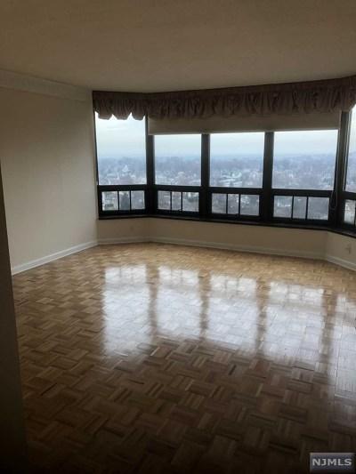 Rental For Rent: 900 Palisade Avenue #16
