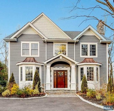 Wyckoff Single Family Home For Sale: 511 Franklin Avenue