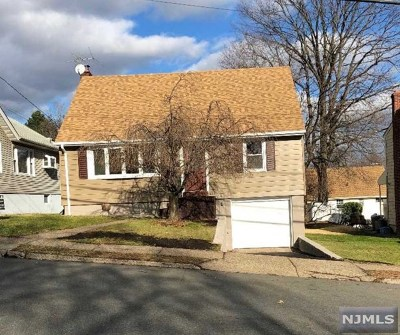 Hasbrouck Heights Single Family Home For Sale: 469 Franklin Avenue