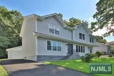 Dumont Single Family Home For Sale: 17 Lafayette Avenue