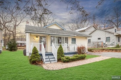 Rockaway Township Single Family Home For Sale: 60 West Lake Shore Drive
