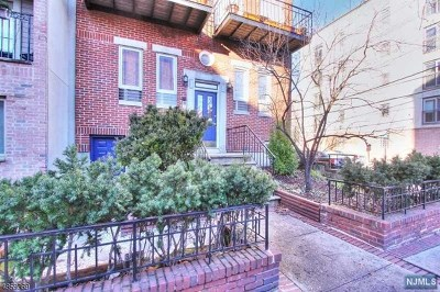 Hudson County Condo/Townhouse For Sale: 132 Jackson Street #1n