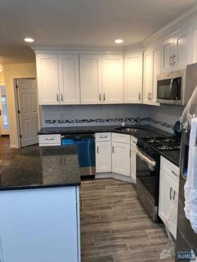 Pompton Lakes Single Family Home For Sale: 116 Hershfield Street