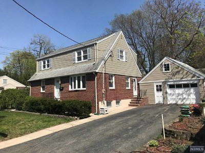 Paramus Single Family Home For Sale: 120 Cloverdale Avenue