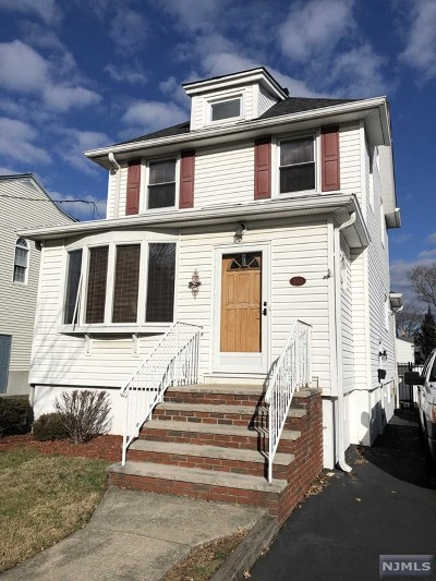Hasbrouck Heights Single Family Home For Sale: 233 Madison Avenue