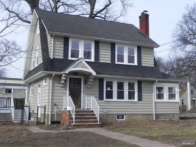Midland Park Single Family Home For Sale: 285 Vreeland Avenue