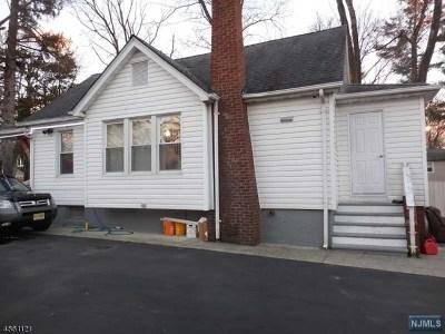 Wayne Single Family Home For Sale: 157 Fayette Avenue