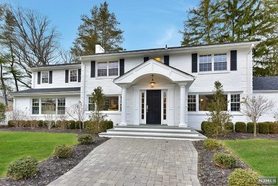 Tenafly Single Family Home For Sale: 83 Briarcliff Road