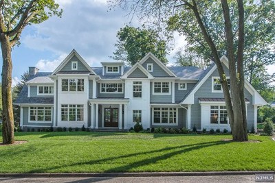 Wyckoff Single Family Home For Sale: 504 Covington Place