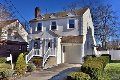Teaneck Single Family Home For Sale: 123 Lees Avenue