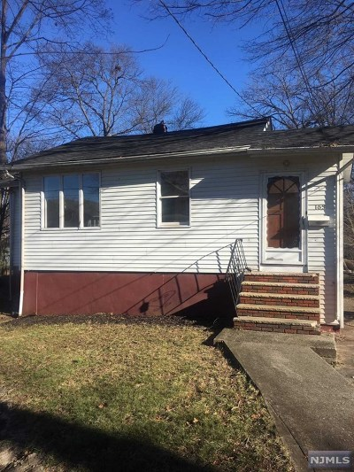Dumont Single Family Home For Sale: 165 Brook Street