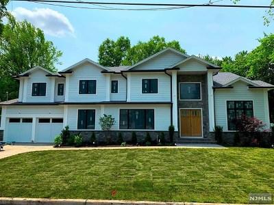 Tenafly Single Family Home For Sale: 62 Leonard Avenue