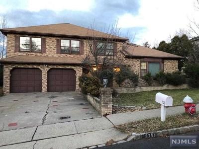 Leonia Single Family Home For Sale: 333 Vreeland Avenue