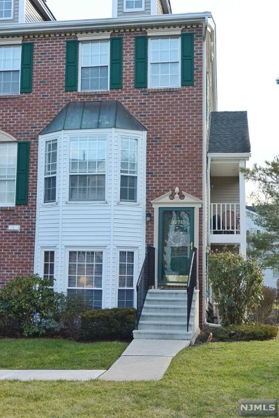 Mahwah Condo/Townhouse For Sale: 1274 Hibiscus Court