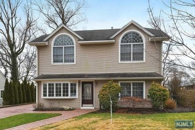 Hawthorne Single Family Home For Sale: 40 Kenwood Road