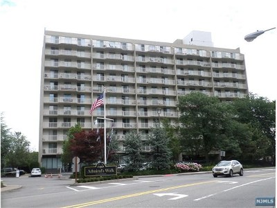 Edgewater Condo/Townhouse For Sale: 1077 River Road #714