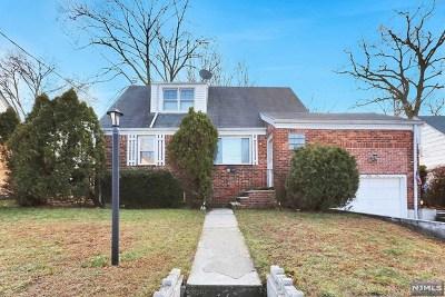 Dumont Single Family Home For Sale: 51 Dixon Avenue