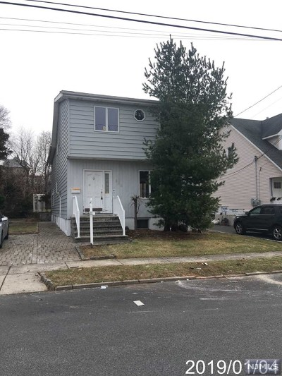 Lyndhurst Single Family Home For Sale: 328 Travers Place