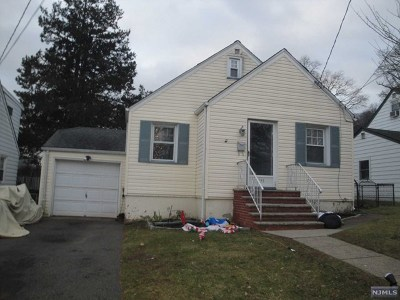 Passaic County Single Family Home For Sale: 135 Stanley Street