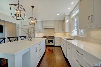 Wyckoff Single Family Home For Sale: 550 Taunton Road