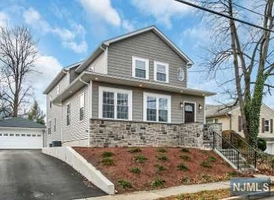 Bergen County Single Family Home For Sale: 112 Walter Avenue