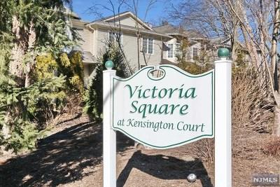 Tenafly Condo/Townhouse For Sale: 14 Kensington Court #14