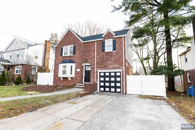 Englewood Single Family Home For Sale: 92 East Sheffield Avenue