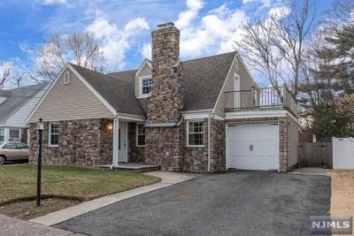 Fair Lawn Single Family Home For Sale: 5-24 3rd Street