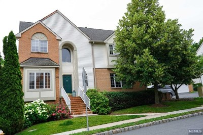 Essex County Condo/Townhouse For Sale: 1088 Smith Manor Boulevard