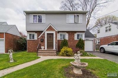 Dumont Single Family Home For Sale: 86 Elm Street