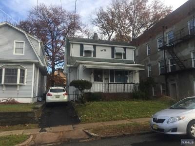 Lyndhurst Single Family Home For Sale: 547 3rd Avenue