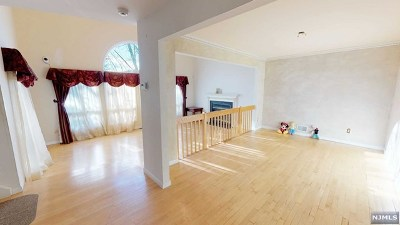 Woodland Park Condo/Townhouse For Sale: 321 Cedar Wood Terrace #28