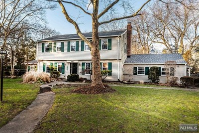 Bergen County Single Family Home For Sale: 622 Charles Court