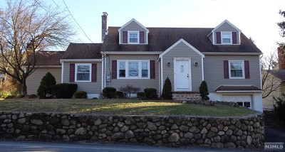 Passaic County Single Family Home For Sale: 1702 Ratzer Road