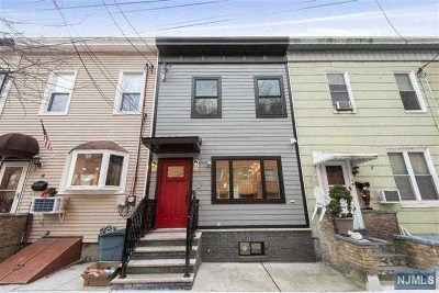 Weehawken Single Family Home For Sale: 5 West 19th Street