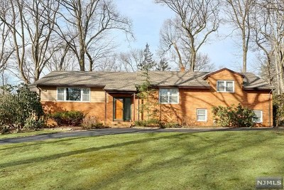 Woodcliff Lake Single Family Home For Sale: 59 Arcadia Road
