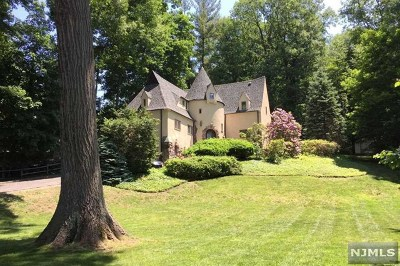 Tenafly Single Family Home For Sale: 75 Forest Road