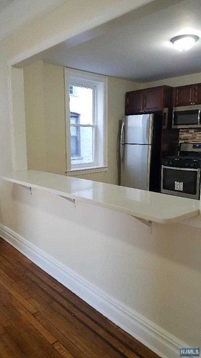 Hudson County Condo/Townhouse For Sale: 6045 Boulevard East #D6