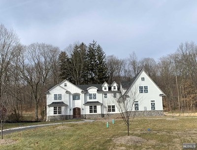 Franklin Lakes Single Family Home For Sale: 350 Pulis Avenue