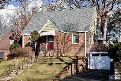 Bergen County Single Family Home For Sale: 92 Wayne Avenue
