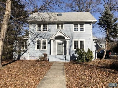 Teaneck Single Family Home For Sale: 137 Church Street