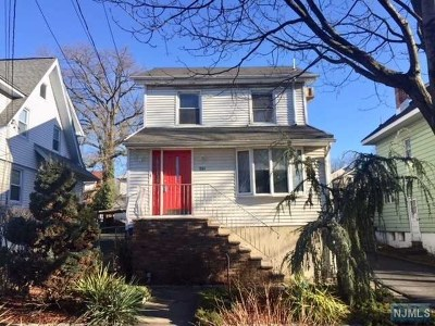 Ridgefield Park Single Family Home For Sale: 241 4th Street