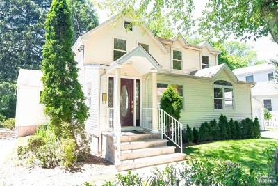 Dumont Single Family Home For Sale: 18 Lawrence Avenue