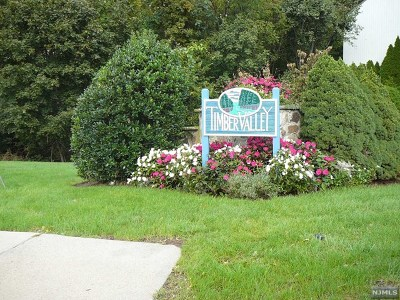 Ramsey Condo/Townhouse For Sale: 102 Magnolia Road